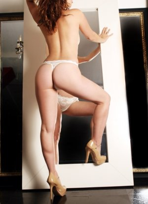 Marilyne independent escort