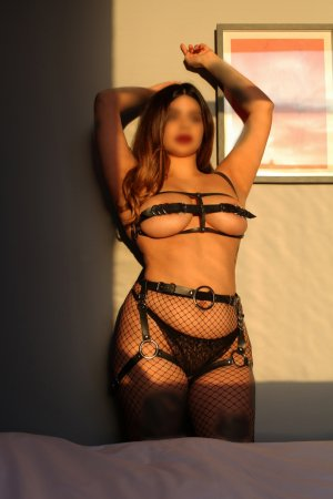 Chahira independent escorts in Weatherford Texas, sex club