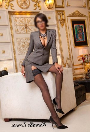 Clara-lou independent escorts